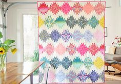 MATERIALPACKUNG: Tula Pink Simply Eden Quilt - Patchworkdecke