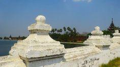 Sur le pont, tout près du fort de #Mandalay