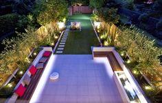 Gartenplanung Ideen vogelperspektive-indirekte-beleuchtung-hinterhof-rasenflächen-gartenpfad-pflastersteine
