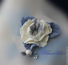 """Купить Войлочная брошь-цветок """"Сны цветочные"""" - белый, войлок, войлочная брошь, войлочный цветок"""