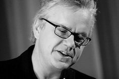 Tim Robbins returns to directing with spy thriller City of Lies, scripted by Captain America writers Christopher Markus and Stephen McFeely. Filmmaking Quotes, Tim Robbins, How To Get Money, Thriller, Actors & Actresses, Acting, Writer, Films, Movies