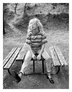 Descalzos por el parque