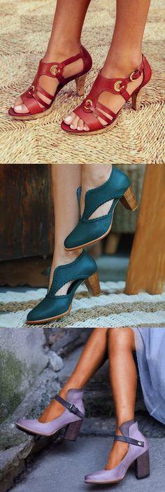 Sock Shoes, Cute Shoes, Shoes Heels Boots, Shoes Sandals, Pearl Shoes, Soft Leather Handbags, Women Oxford Shoes, Comfy Shoes, Leather Sandals