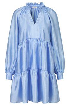 Jasmine Dress in Sky colour from Stine Goya. Casual Dresses, Short Dresses, Fashion Dresses, Summer Dresses, Love Fashion, Womens Fashion, Fashion Design, Jasmine Dress, Light Dress