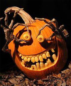 It feels like - every year - people continue to up their pumpkin carving game. If you're looking for some inspiration for your pumpkin carving this year, here are our picks for some of the most creative pumpkin carving ideas. Halloween Tags, Halloween Fotos, Halloween Pumpkin Designs, Scary Halloween Pumpkins, Vintage Halloween, Halloween Crafts, Halloween Halloween, Halloween Makeup, Halloween Costumes