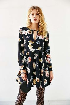 Oh My Love She Loves Tea Floral Dress - Urban Outfitters