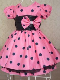 Vestido Infantil da Minnie Rosa.  Vestido possui tule.    Tamanhos 01 a 03 anos    Tamanhos 04-05 e 06 anos o valor será de R$139,90