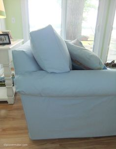 Cottage Style Sofa Slipcover With Hidden Velcro To Hold Underarm In Place.  #slipcovermaker