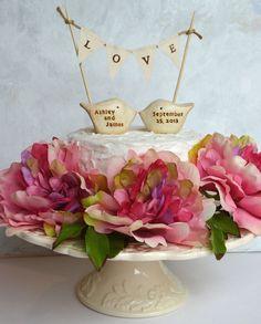 Wedding cake topper - lovebirds!