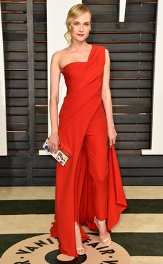 The 2015 Vanity Fair Oscar Party had one outstanding red carpet and Diane Kruger in Donna Karan Atelier was a standout look. Dress Over Pants, The Dress, Dress Red, Jumpsuit Elegante, One Shoulder Jumpsuit, Elegantes Outfit, Vanity Fair Oscar Party, Tokyo Fashion, Gq Fashion