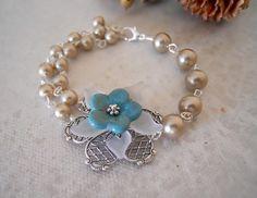 Flower Bracelet, Large White, Vintage Flowers, Silver Bracelets, Vintage Looks, Fine Jewelry, Lily, Bronze, Turquoise