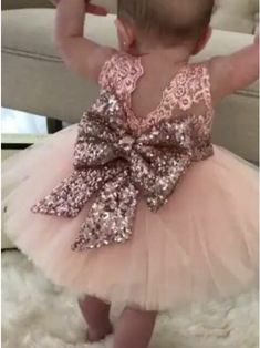 prettiest ball gown flower girl dresses, stunning rose gold sequined wedding party dresses Ball Gown Jewel Pink Tulle Flower Girl Dress with Lace Sequins Bowknot Flower Girls, Gold Flower Girl Dresses, Tulle Flower Girl, Tulle Flowers, Dresses Kids Girl, Rose Gold Wedding Dress, Baby Girl Wedding Dress, Little Girl Gowns, Toddler Flower Girl Dresses
