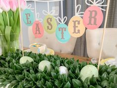 I did what other crafty people did, and I pulled out my Cricut Maker and made some adorable Easter Table decorations with Cricut's Print then Cut feature.