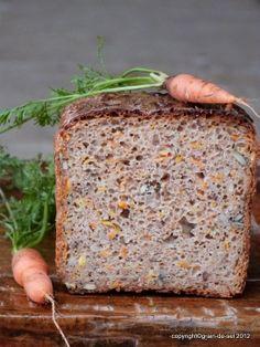 Karotten-Sauerteig-Brot