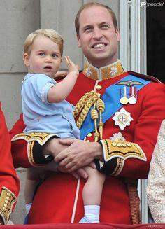 PHOTOS - Le prince William avec le prince George de Cambridge lors de Trooping…