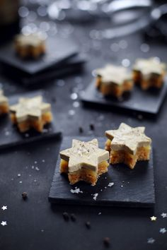 Star bites of gingerbread, mango jelly and foie gras - chefNini - Star bites of. - Star bites of gingerbread, mango jelly and foie gras – chefNini – Star bites of gingerbread, m - Appetizer Sandwiches, Easy Appetizer Recipes, Foie Gras, Mango Jelly, Tumblr Food, Xmas Dinner, Xmas Food, Christmas Cooking, Christmas Recipes