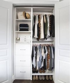 Maximize your closet space with these sensible closet organization concepts! We've gathered tons of ideas as well as techniques for maximizing closet room with numerous styles as well as modern-day styles. Small Closet Organization, Organization Ideas, Small Closet Storage, Clothing Organization, Storage Room, Small Bedroom Storage, Wardrobe Organisation, Storage Cubes, Bedroom Storage Solutions