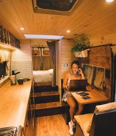 Bus Living, Tiny House Living, Cozy House, Van Conversion Interior, Camper Van Conversion Diy, Build A Camper Van, Kombi Home, Van Home, Campervan Interior