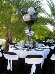 Drama party Masquerade Centerpieces, Masquerade Theme, Balloon Centerpieces, Wedding Centerpieces, Glitter Wine, Mardi Gras Party, Sweet 16 Birthday, 50th Birthday Party, Grad Parties