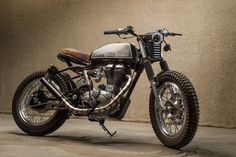 Dubai's custom scene is blossoming. At the forefront are guys like möto, who took first place in the Bikers Cafe build off with this Royal Enfield Bullet.