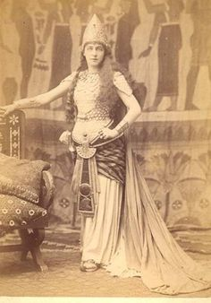 LILLY LANGTRY As CLEOPATRA