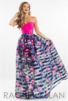 Rachel Allan Sweetheart Ball Gowns Prom Dresses in Fuchsia Color for Season SPRING 2017 with Style Code - 7554 and Fabric - Mikado Unique Prom Dresses, Prom Dresses 2017, Pageant Dresses, Strapless Dress Formal, Formal Dresses, Dress Long, Pure Couture, Floral Print Gowns, Essense Of Australia