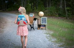 Back to School Mini Session. Ideas. Props. Fashion. What to wear. Poses. Photography.