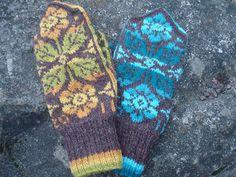 New mittens by Tålamodspåsen.Pattern will come in Swedish