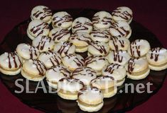 Czech Recipes, Ethnic Recipes, Meringue Cookies, Macaroons, Christmas Cookies, Nutella, Yummy Treats, Baked Goods, Biscuits