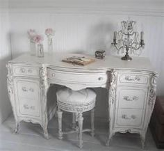shabby chic vanity (only if it had a mirror).or would be a beautiful desk Shabby Chic Vanity, Shabby Chic Bedrooms, Shabby Chic Homes, Shabby Chic Decor, White Bedrooms, Vintage Vanity, Shabby Vintage, French Furniture, Home Decor Furniture