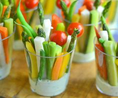 Printable low carb snack recipes with 0 to 5 net carbs. Atkins Induction Phase 1 approved: 7 Fresh veggie dip recipes.