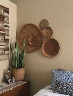 "27"" giant flat round shallow bamboo rattan basket / wall hanging"