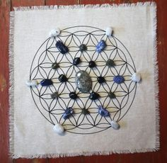 "Linen Cloth Crystal Grid Altar cloth Sacred Geometry Flower of life Crystal Grid Altar Cloth 15"" x 15"" Hand Printed  CRYSTALS NOT INCLUDED"