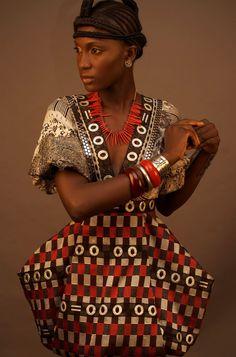 Mode ndengui       Miss Nyanga       Miss Ngounié