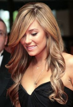 Lauren Conrad Hairstyles: Side-parted Long Curls
