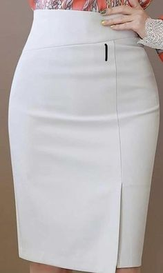 How To Look Classic Like Serwaa Amihere For Plus Size & Curvy Ladies 2020 – Pencil Skirts That Make You Look Cool - Cute Outfits Latest African Fashion Dresses, African Dresses For Women, Classy Work Outfits, Classy Dress, Pencil Skirt Outfits, Pencil Skirts, Pencil Dresses, Dress Outfits, Dress Skirt