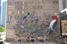 """""""De Doom à Boom» est une nouvelle étonnante fresque par Collin van der Sluijs et peut être trouvé sur le mur de 9 étages de 1006 S Michigan Ave à Chicago"""