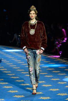 Dolce & Gabbana Primavera Verano 2017 - Pasarela Pasarela