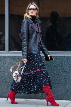 Kleider im Winter tragen: DIESE Styling-Regeln beherrscht jede modische Frau Cool look with summer dress, boots and turtleneck Mode Outfits, Fall Outfits, Fashion Outfits, Womens Fashion, Fashion Tips, Woman Outfits, Fashionable Outfits, Moda Rock, Summer Work Dresses