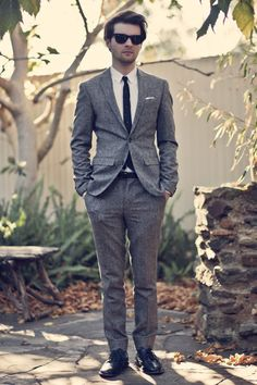 Love this suit. And the shades too.