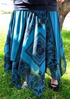 Tutorial for a square circle skirt. Easy, fast and so comfy!