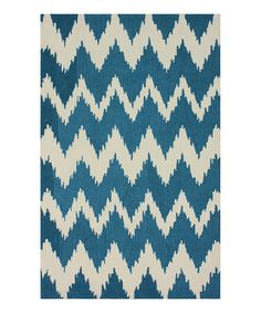 Why am I so obsessed with cool rugs?? Wish I knew...