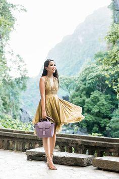 Travel Checklist :: Gladiator sandals & the Best Travel Bag - Wendy's LookbookWendy's Lookbook