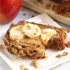 This Healthy Peanut Butter Apple Streusel Bread is the perfect healthy fall bread. Its made with white whole wheat flour grated apples creamy peanut butter and coconut oil. Peanut Butter Bread, Apple And Peanut Butter, Healthy Peanut Butter, Peanut Butter Recipes, Creamy Peanut Butter, Sweet Potato Recipes Healthy, Healthy Recipes, Clean Eating Dinner, Dinner Healthy