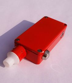 Red powder coated e-cig boxmod.  Awesome vape mod.  Learn to powder coat at http://www.powdercoatguide.com/