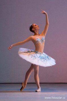 Odalisque. #Ballet_beautie #sur_les_pointes *Ballet_beautie, sur les pointes !*