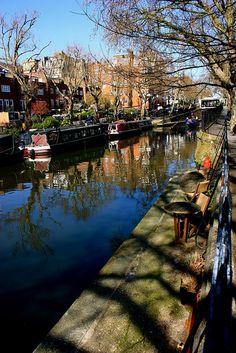 Walking Regent's Canal in East London: http://www.europealacarte.co.uk/blog/2012/08/22/regents-canal/