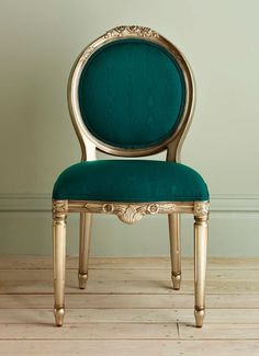 Luxury Classic Chair Designs With French Style French Furniture, Classic Furniture, Luxury Furniture, Painted Furniture, Antique Furniture, Rustic Furniture, Living Room Furniture, Home Furniture, Furniture Design