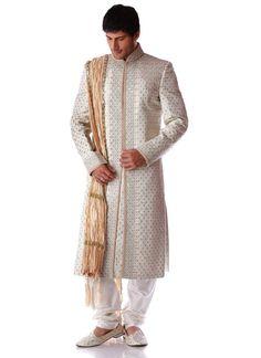 Classy Sherwani -- Y esto? Feliz uso esta tenida.
