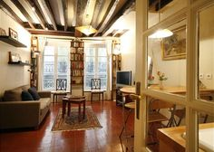 5th Arrondissement Latin Quarter Apartment Rental: Steps From Notre Dame, Latin Quarter, Winter Special Pricing! | HomeAway